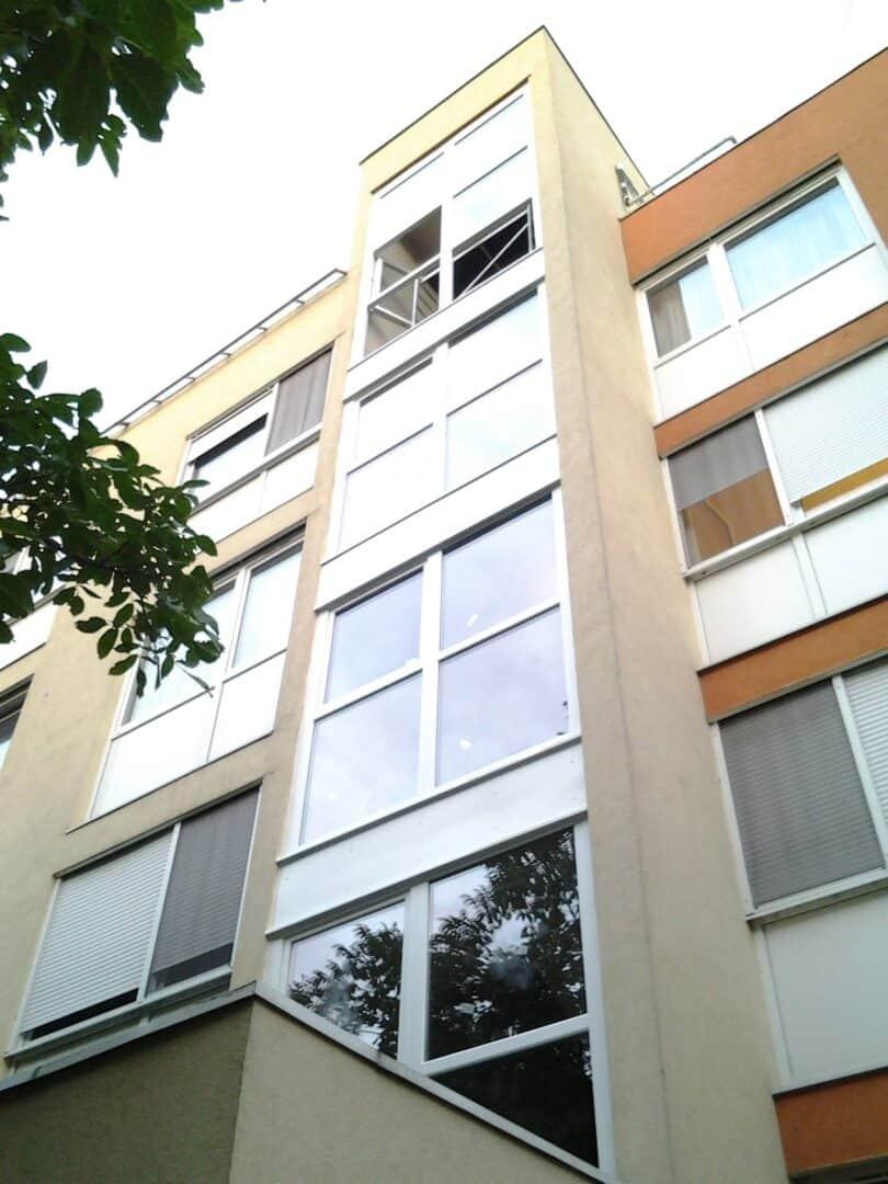 Társasházi lépcsőház